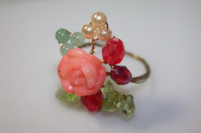 珊瑚薔薇ワイヤーリング