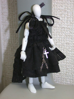 ミクロマン in Noir's Dress